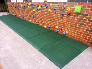 Rubber Crumb Climbing Wall Surfacing