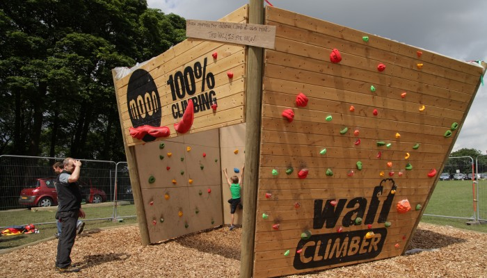 Softwood Play Chippings Wall Climber